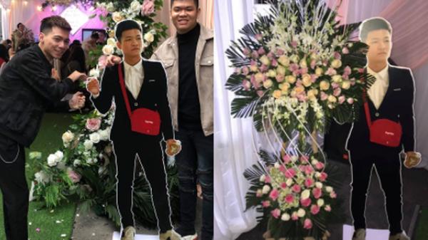Dự đám cưới mà chẳng mất phong bì, đây là cách thanh niên xuất hiện ấn tượng ở hôn lễ bạn thân