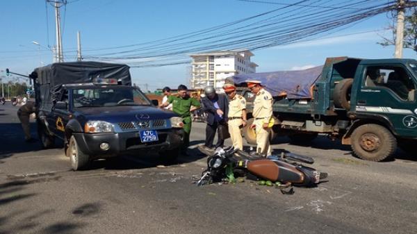 V.a chạ.m giao thông ki.nh hoàn.g với xe Cảnh sát cơ động, một phụ nữ nguy kịch