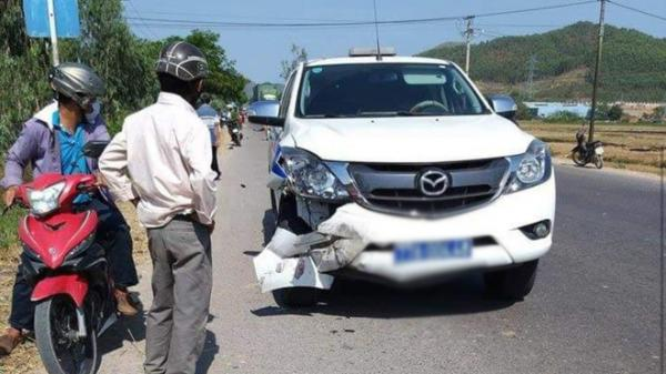 Ô tô Cảnh sát giao thông va chạm với xe máy khiến ông lão 63 tuổi tử vong