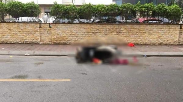 Bàng hoàng phát hiện thi thể người phụ nữ nằm cạnh xe máy giữa đường lúc rạng sáng