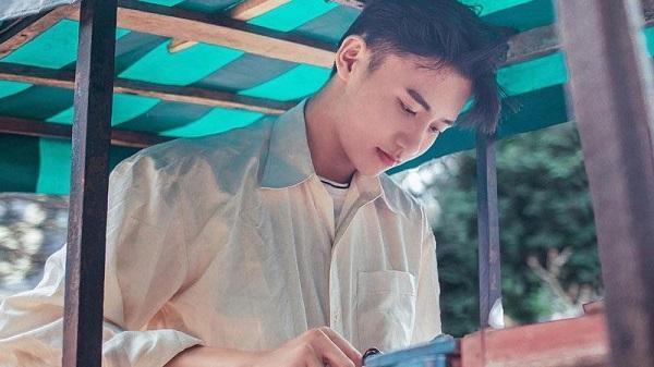 Đắk Lắk: Câu chuyện cảm động đằng sau bộ ảnh của hotboy bán kem đang gây sốt