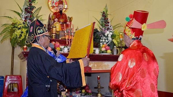 Di tích Đền thờ Đức Thánh Trần – thị xã Buôn Hồ đón nhận Bằng xếp hạng di tích cấp tỉnh