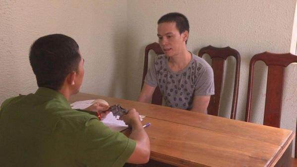 Đắk Lắk: Bắt giữ đối tượng mang súng đi mua ma túy