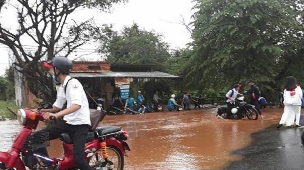 Đắk Lắk thiệt hại do mưa lũ, nhiều tỉnh Tây Nguyên ra công điện khẩn