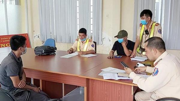 Test nhanh 'ra' 2 tài xế xe đầu kéo dương tính với ma túy, 1 người quê Đắk Lắk