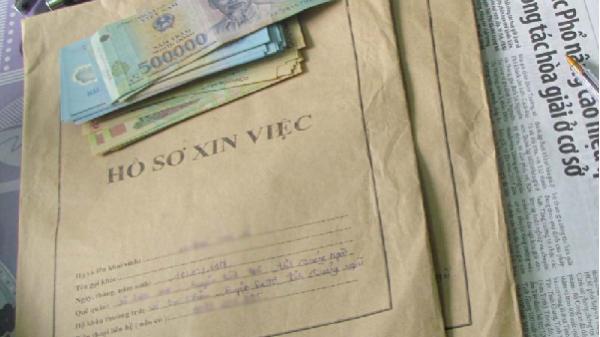 Một nữ cán bộ Sở GD&ĐT Đắk Nông bị bắt giam