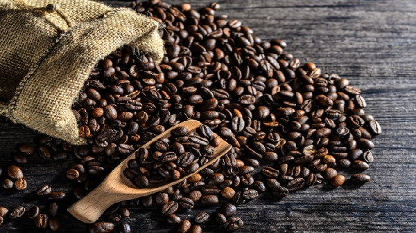 """Giá nông sản tuần qua (8/1-14/1/2018): Giá cà phê nhiều biến động, giá tiêu giảm """"kịch sàn"""""""
