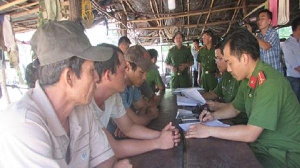 """Đình chỉ cán bộ để xe gỗ của Phượng """"râu"""" qua trạm quản lý bảo vệ rừng ở Đắk Nông"""