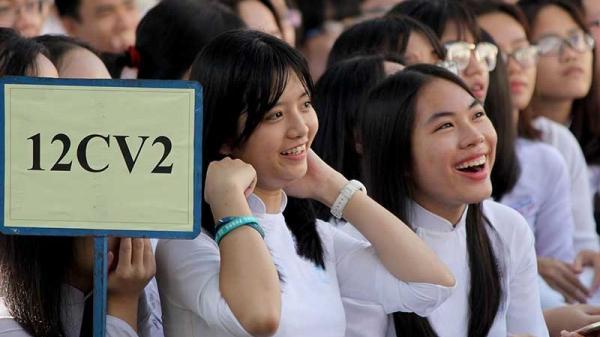 Sẽ bị cấm thi học kỳ nếu không mua BHYT?