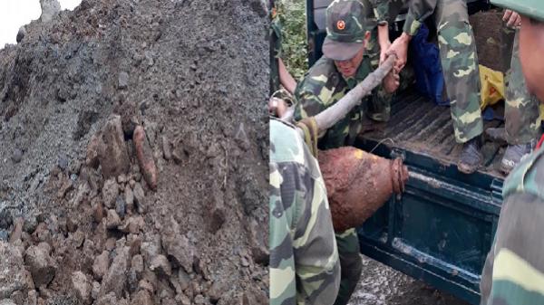 Phát hiện bom 'khủng' khi dùng máy xúc khai thác đá