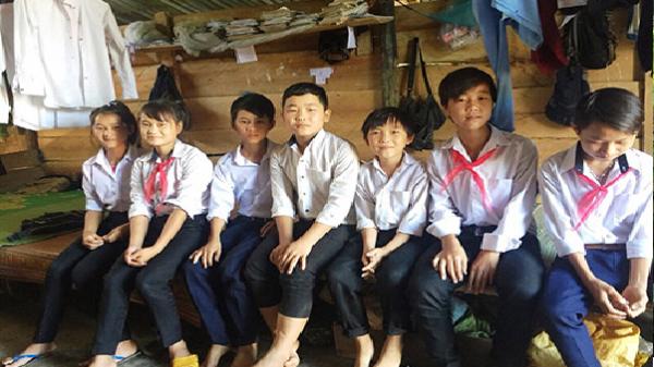 Tây Nguyên: Gian nan trú thân tìm con chữ
