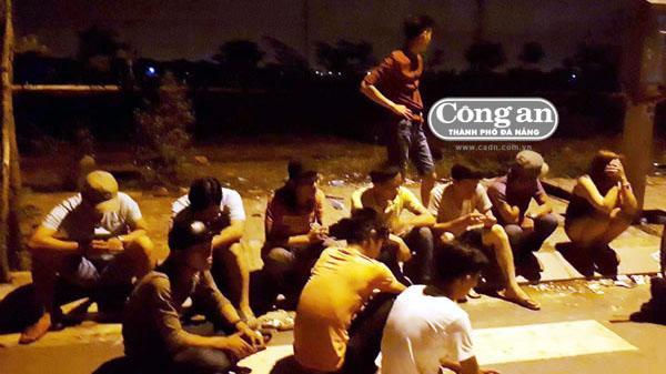 Đà Nẵng: Đột kích sòng bạc lúc nửa đêm