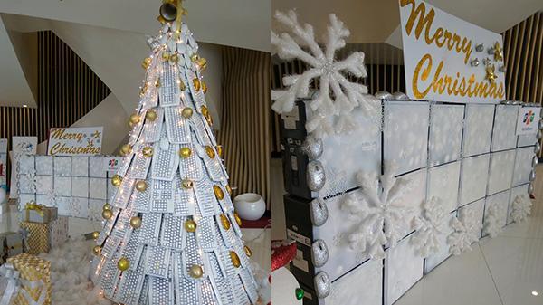 Cây thông Noel được làm từ 300 bàn phím, 150 con chuột ở Đà Nẵng khiến ai cũng muốn chụp ảnh để check-in ngay
