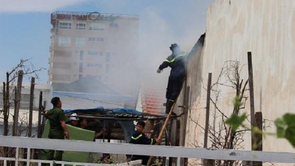 Đà Nẵng: Cháy lớn tại ngôi nhà 3 tầng, nhiều đồ đạc bị lửa thiêu rụi