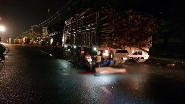 Đà Nẵng: Tai nạn trước cảng Tiên Sa, 1 người chết, 1 nguy kịch