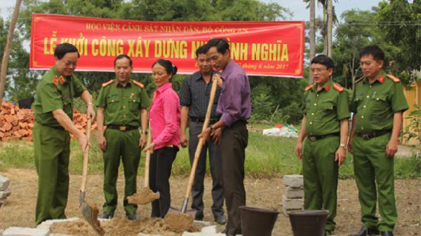 Học viện Cảnh sát nhân dân khởi công xây 2 nhà tình nghĩa tại Đà Nẵng