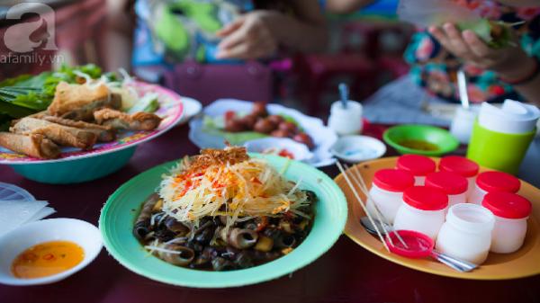 """Giản dị thôi, nhưng đến Đà Nẵng mà bỏ qua mấy món ăn vặt này thì """"tiếc ráng chịu"""""""