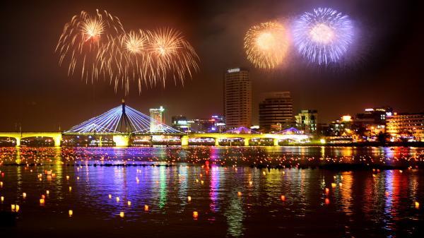 HOT: Đã có giá vé chính thức Lễ Hội Pháo Hoa Quốc Tế Đà Nẵng 2018
