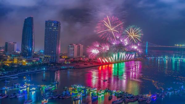 Đêm khai mạc pháo hoa Đà Nẵng 2018: Cả một trời náo nhiệt chờ đón
