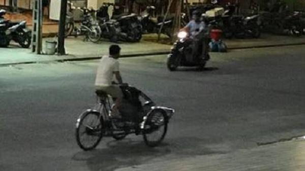 """TP Huế: Hai vợ chồng du khách thuê xích lô dạo phố bị """"chém"""" 1.5 triệu đồng"""