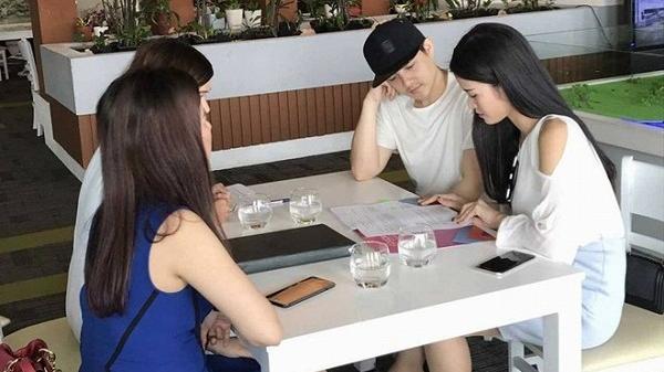 Vừa mua siêu xe 13 tỷ, Đông Nhi - Ông Cao Thắng lại bị bắt gặp mua nhà ở Đà Nẵng
