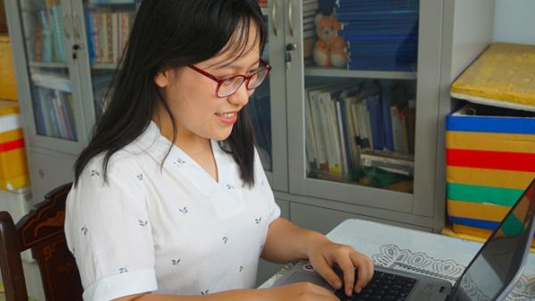 Nữ sinh Đà Nẵng đạt 10 điểm Tiếng Anh sẽ du học Mỹ