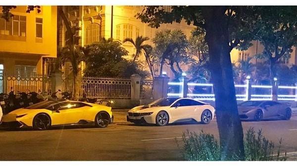 Dàn xe khủng gây náo loạn đường phố Đà Nẵng