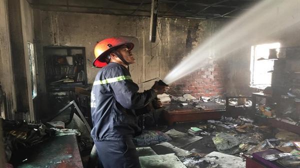 Cháy lớn tại ngôi nhà 3 tầng ở Đà Nẵng