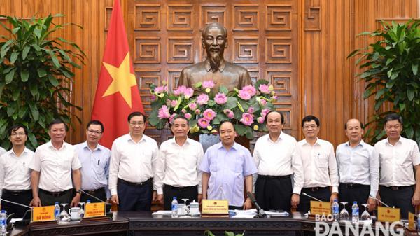 Thủ tướng Nguyễn Xuân Phúc: Nhanh chóng triển khai đầu tư xây dựng dự án cảng Liên Chiểu