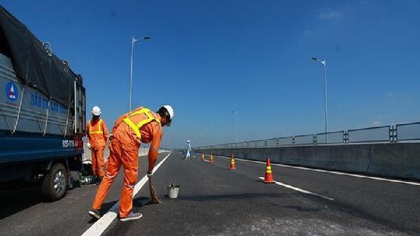 Cao tốc Đà Nẵng - Quảng Ngãi tiếp tục hư hỏng: Sửa chắp vá để 'câu giờ'?