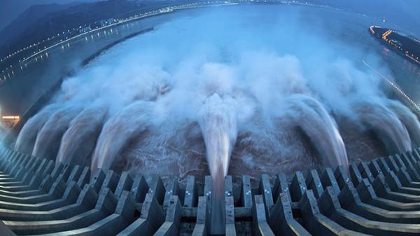 Khi mực nước ở đập Tam Hiệp đầy, vòng quay trái đất sẽ chậm lại và thời gian một ngày dài ra