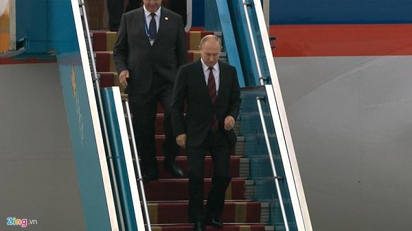 [NÓNG]: Chuyên cơ chở Tổng thống Putin đến Đà Nẵng dự APEC