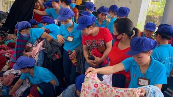 """""""Gian hàng 0 đồng"""" hỗ trợ công nhân gặp khó khăn ở Quảng Trị"""