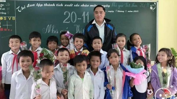 Học sinh nói thèm cơm, thầy giáo Quảng Trị vét sạch tiền trong túi đáp ứng mong ước của trò
