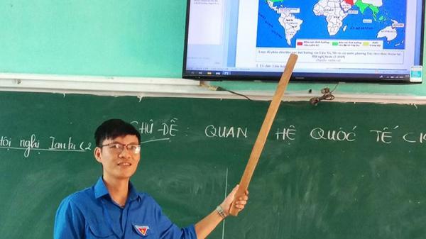Người thầy ở Quảng Trị sáng tạo Atlat lịch sử để dạy học