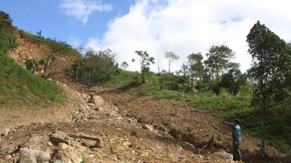 Quảng Trị: Người dân thấp thỏm sống bên những ngọn đồi chờ sạt lở