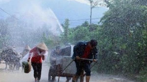 CẢNH BÁO: Miền Trung và Tây Nguyên sắp có mưa lớn, nguy cơ xảy ra lũ quét và sạt lở đất