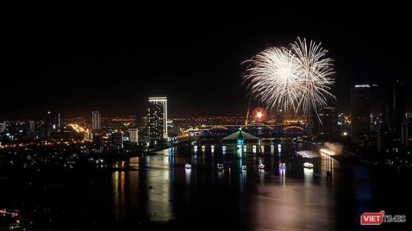 Đà Nẵng: Miễn phí du ngoạn bằng thuyền hoa trên sông Hàn dịp tết dương lịch