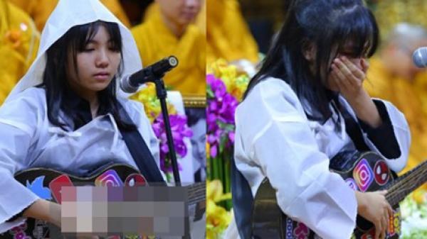 Clip con gái Vân Quang Long khóc lạc giọng hát tiễn biệt cha, khiến vợ Ưng Hoàng Phúc và dàn sao rơi nước mắt