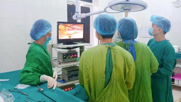 Người đàn ông ở Đà Nẵng bị thủng 2cm ruột vì tự ý uống thuốc giảm đau
