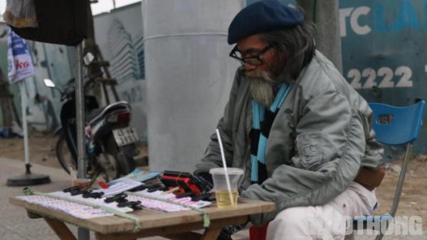 Chùm ảnh: Người dân Đà Nẵng co ro trong cái lạnh kỷ lục 5 năm qua