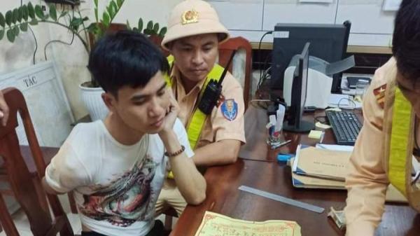 Quảng Trị: CSGT truy đuổi, bắt gọn kẻ cướp xe máy trong đêm