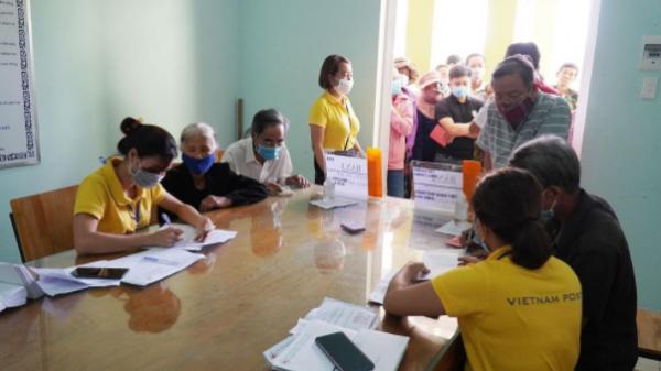 Hơn 1,1 tỷ đồng hỗ trợ cho người dân bị ảnh hưởng thiên tai ở huyện Cam Lộ và Gio Linh