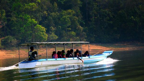 Hồ Pá Khoang: Ðiểm đến thơ mộng, hấp dẫn
