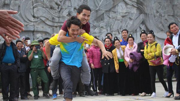 Tưng bừng các hoạt động giao lưu văn hóa, thể thao và du lịch Chào đón năm mới 2018 tại Điện Biên