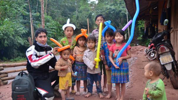 Hành trình đến Điện Biên của chàng phượt thủ 9X gây xúc động