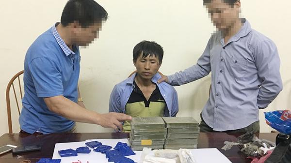 Điện Biên: Bắt 2 đối tượng vận chuyển ma túy lao xe vào tổ tuần tra hòng tháo chạy