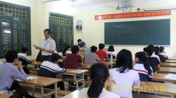 Điện Biên: Hơn 5. 300 thí sinh bắt đầu kỳ thi tốt nghiệp THPT Quốc gia năm 2017