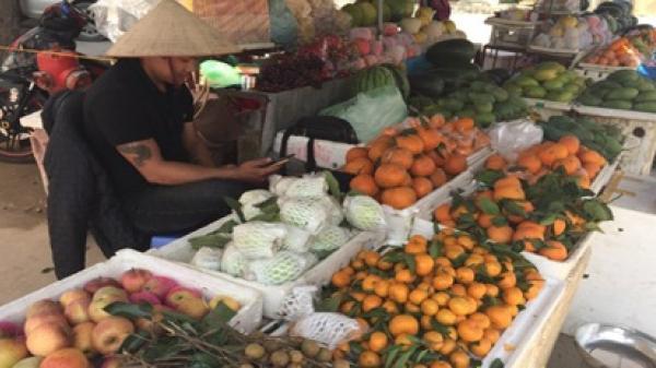 Điện Biên: Nhộn nhịp thị trường đồ cúng Rằm tháng Giêng