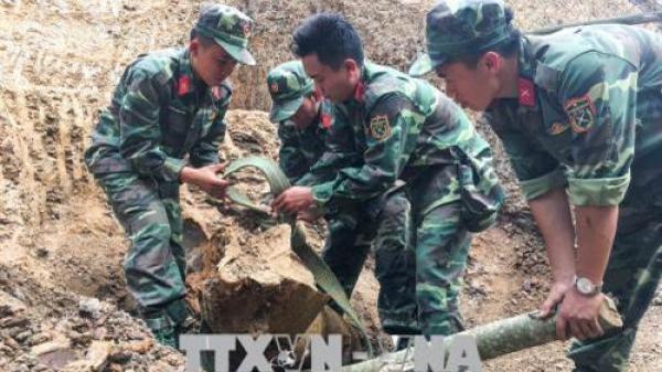 Hủy nổ quả bom nặng hơn 300 kg được phát hiện gần khu dân cư tại Điện Biên